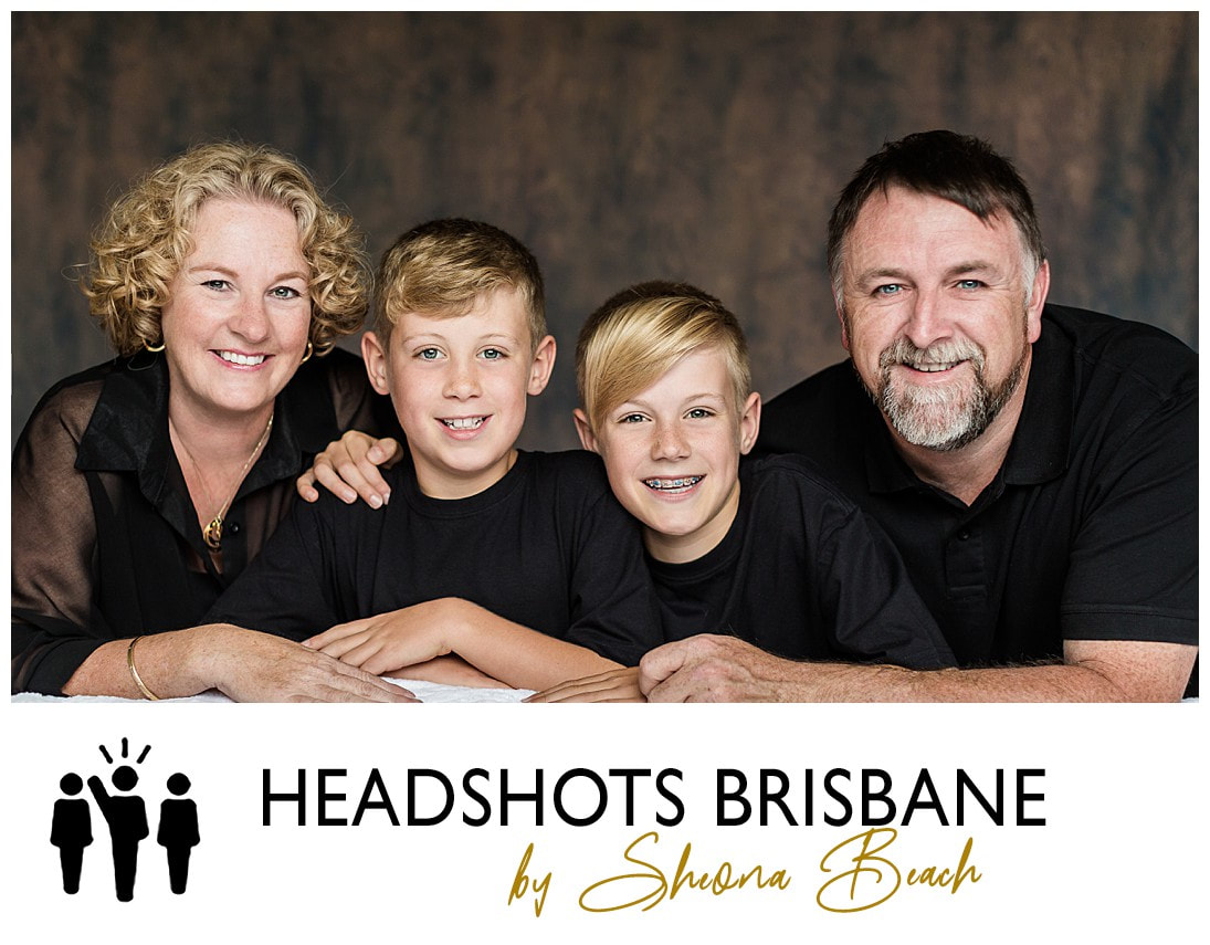 Brisbane family portrait photographer at The Gap