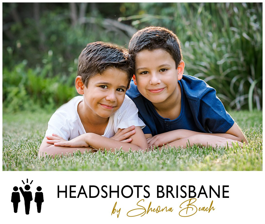 Traditional children's family portrait by Brisbane photographer, Sheona Beach